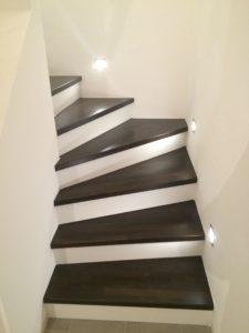 Treppe Räuchereiche